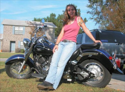 Women on motorcycles best pictures from 2005 2006 2006 for Yamaha motorcycles for women