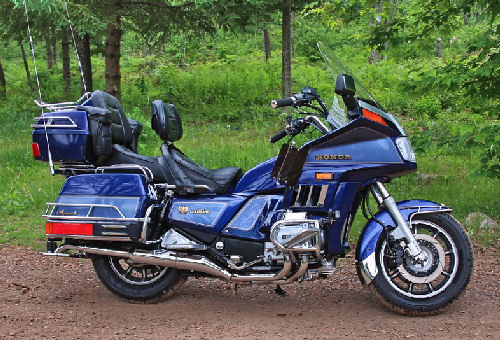 Superior Motorcycle Picture Of A 1986 Honda Gold Wing GL1200 Aspencade