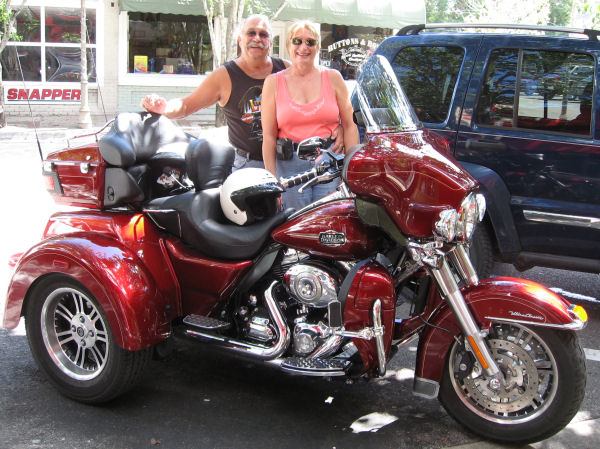 2018 Harley Davidson Tri Glide Ultra Review Total Motorcycle: Motorcycle Trike Picture Of A 2009 Harley-Davidson Tri