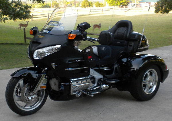 motorcycle pictures 2006 honda gold wing gl1800 w champion trike kit moto pic. Black Bedroom Furniture Sets. Home Design Ideas